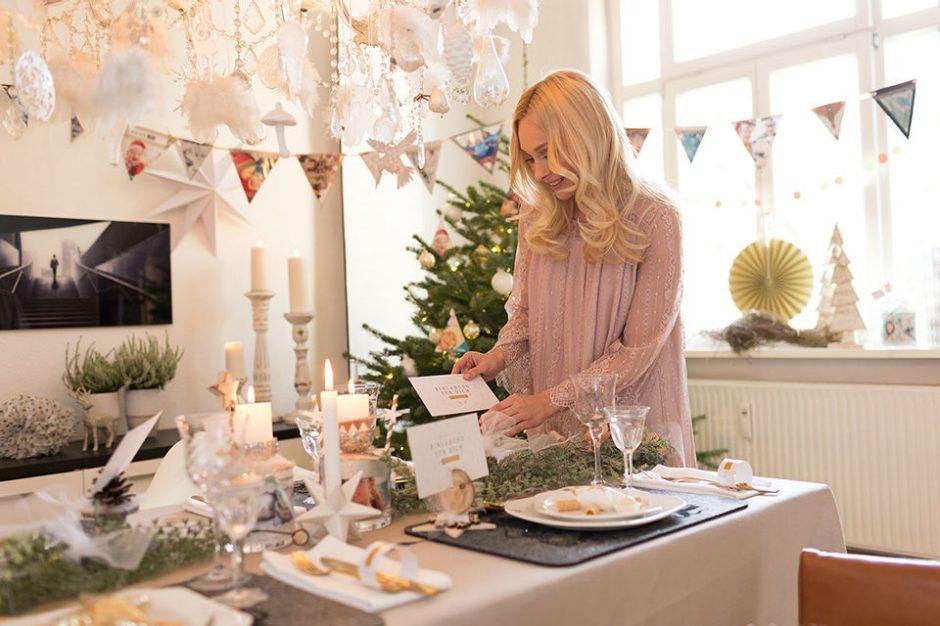 weihnachtliche tischdekoration individuell gestalten ifolor. Black Bedroom Furniture Sets. Home Design Ideas