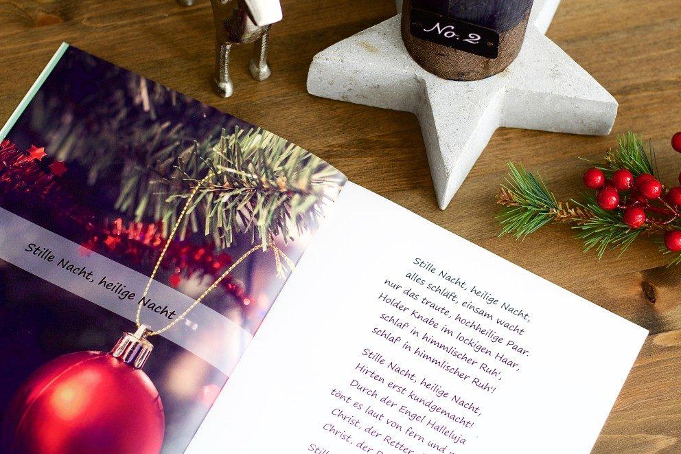 Fotobuch als Liederbuch für den Weihnachtsabend gestalten   ifolor